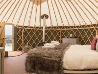 Yurt Heather interior 850x450