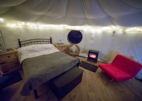 Yurts (1)